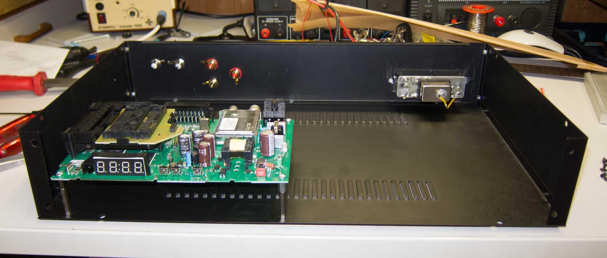 DVBC-RX-20121223-025